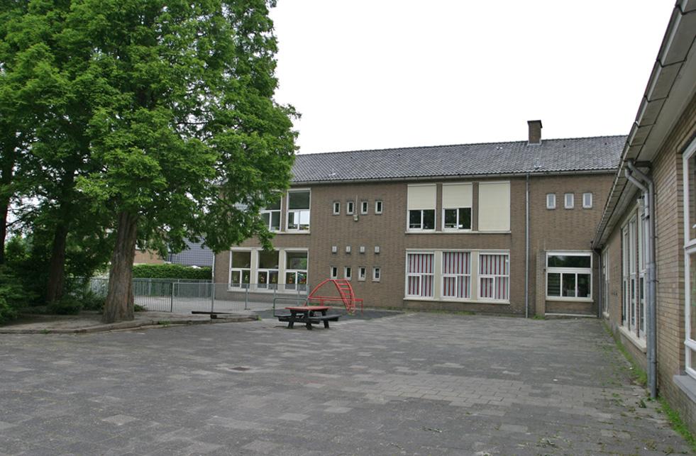Renovatie educatief centrum rhoon stijl architectuur bv bna - Architectuur renovatie ...